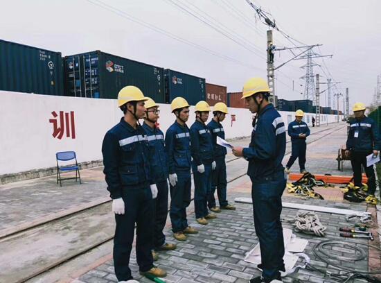 南昌铁路学校毕业生在中铁十二局广铁维管段职工技能大赛中获得佳绩